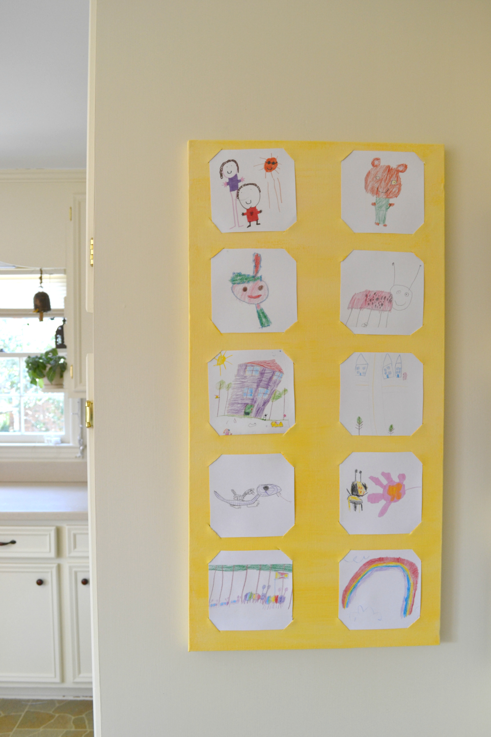 a simple way to display kid\'s art |